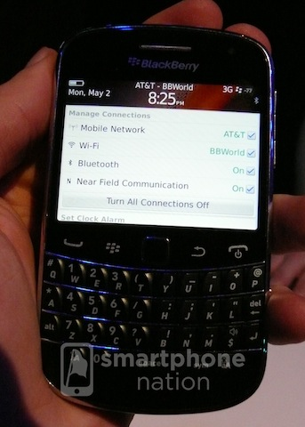 ATT BlackBerry Bold 9900 copy1 EXCLUSIVE: New BlackBerry Bold spotted on Verizon and AT&T network