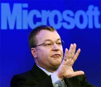Nokia CEO Stephen Elop MSFT Nokia reports poor results, shipments down 34 percent