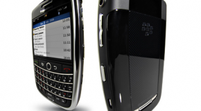 Sprint launches BlackBerry Tour without camera